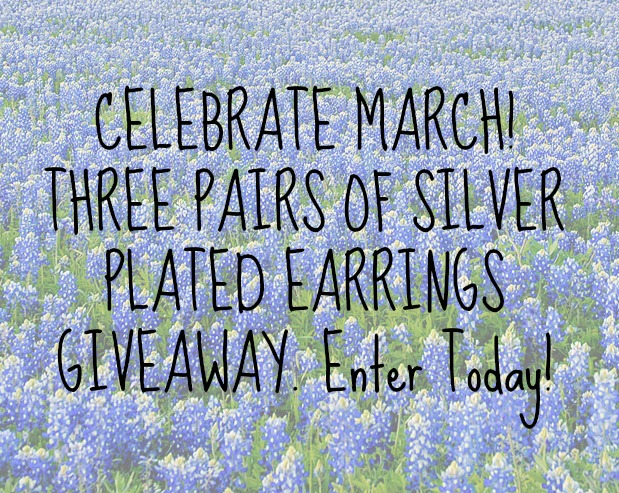 Enter to win this awesome giveaway! Love it!